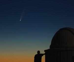 Eyes on Neowise: Hat astrophotographer up all night chasing comet